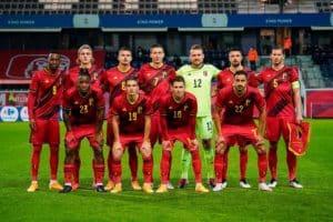 Die belgische Nationalmannschaft im neuen EM Heimtrikot 2021 (Photo by - / Royal Belgian Football Association / AFP)