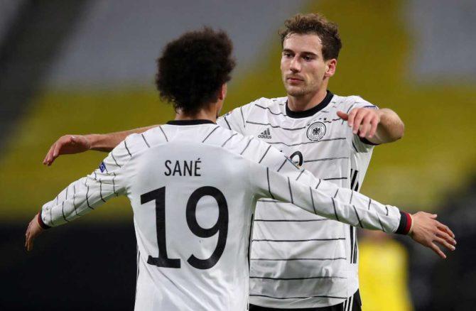 Leon Goretzka im neuen DFB Trikot 2021 (Foto AFP)