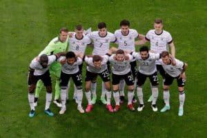 Die deutsche Startaufstellung Deutschlands gegen Lettland (Foto aFP)