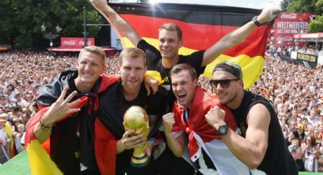 Nationalmannschaft Rücktritte: Podolski und Schweinsteiger das letzte Mal im Deutschland Trikot