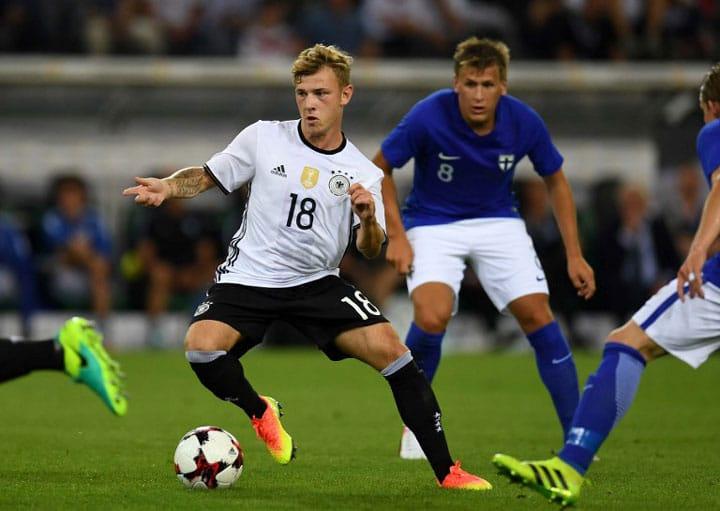 Max Meyer beim Länderspiel gegen Finnlans in Mönchengladbacham 31.August 2016. / AFP PHOTO / PATRIK STOLLARZ